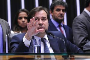 Presidente da Câmara dos Deputados, Rodrigo Maia (DEM-RJ), durante sessão que pode decidir a cassação do mandato de Eduardo Cunha (Foto: Luis Macedo/Agência Câmara)