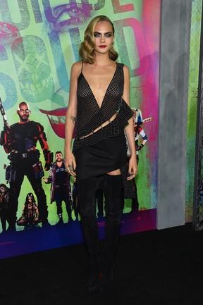 Cara Delevingne em première de filme em Nova York, nos Estados Unidos (Foto: Jamie McCarthy/ Getty Images/ AFP)