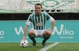 """Damião é apresentado no Betis, ganha camisa 12 e promete """"gols e trabalho"""" (Getty Images)"""