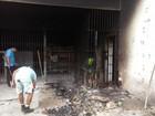 Presos ateiam fogo em colchões e dois ficam feridos durante motim