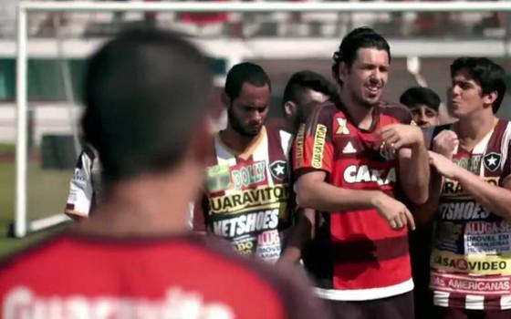 João Vicente de Castro e Rafael Infante em cena do esquete que foi parar na Justiça (Foto: Divulgação)