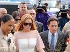 Lindsay Lohan chega atrasada para  julgamento