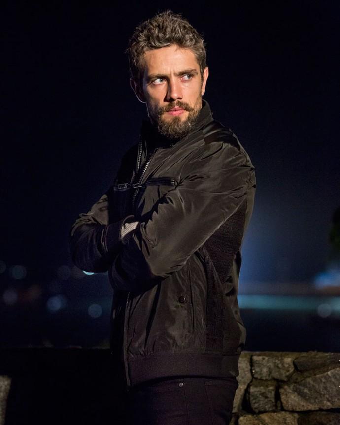 César, personagem de Rafael Cardoso, também terá uma virada (Foto: Felipe Monteiro / Gshow)