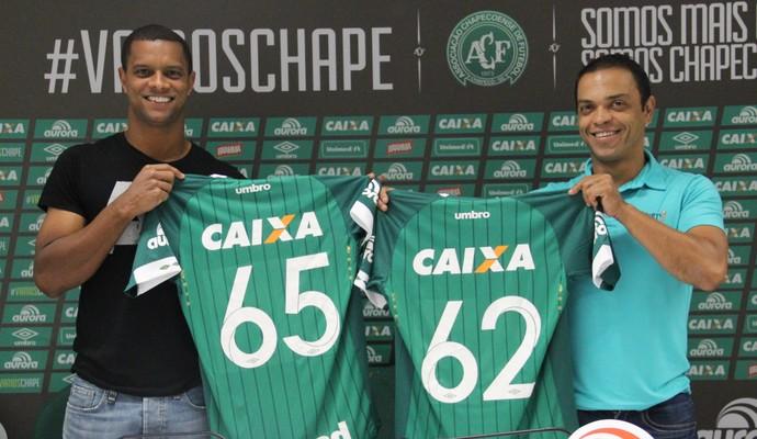 Bruno Rangel Chapecoense e Índio (Foto: Cleberson Silva/Chapecoense)