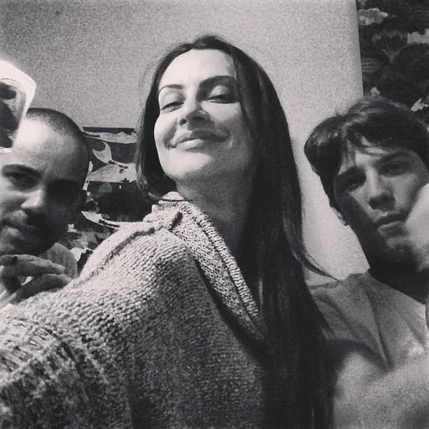 Cleo Pires e Rômulo Neto com um amigo (Foto: Instagram/ Reprodução)