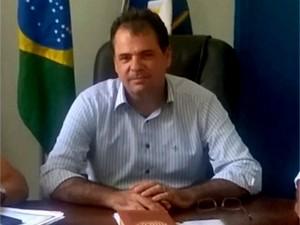 Prefeito Fred Alves conseguiu suspender votação sobre cassação na Câmara de Vereadores (Foto: Reprodução RPC)