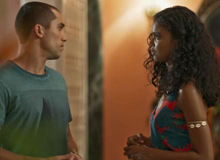 Joana coloca Giovane contra a parede: 'Qual é o seu problema comigo?'