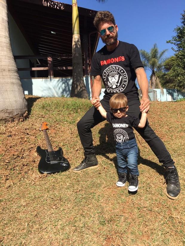 Hudson comemora o aniversário de 1 ano do filho, Davi (Foto: Arquivo Pessoal)