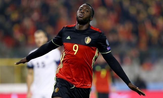 Lukaku marcou dois gols na goleada da Bélgica a84e665c0b009