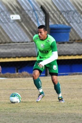 Atacante Rafamar participou de jogo-treino após 2 meses de tratamento de lesão na Caldense (Foto: Mayra Ayres/AA Caldense)