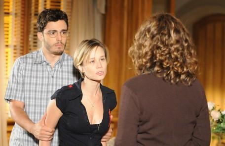 Como Lara, em 'A favorita' (2008), novela de João Emanuel Carneiro em que dividiu a cena com Thiago Rodrigues e Patrícia Pillar Frederico Rozário/TV Globo