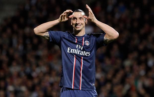 Ibrahimovic, Lyon x PSG (Foto: AP)