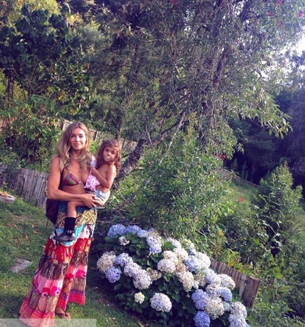 Grazi massafera e a filha, Sofia (Foto: Reprodução / Instagram)