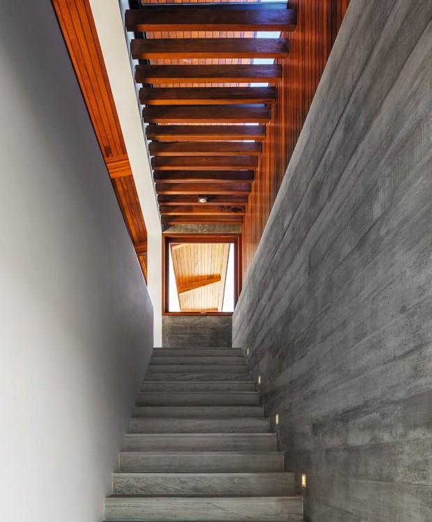 Como transformar a escada em parte da decoraç u00e3o Casa e Jardim Decoraç u00e3o -> Decoração De Hall Com Escada