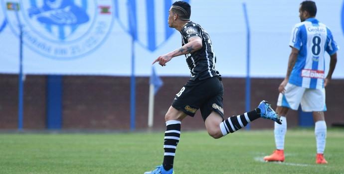 Luciano Corinthians (Foto: ANTÔNIO CARLOS MAFALDA/AGÊNCIA O DIA/ESTADÃO CONTEÚDO)