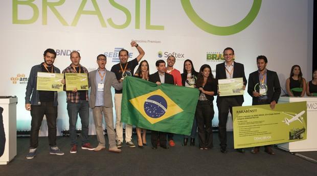 Empreendedores de EZ Park, Timokids e Projeto Virtual Interativo, três das startups vencedores da Demo Brasil (Foto: Divulgação)