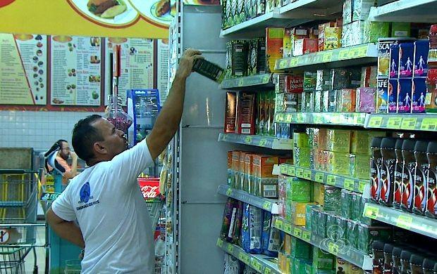 Consumidores costumam comprar o que não é urgente em supermercados (Foto   Bom Dia Amazônia 723af9dff571a