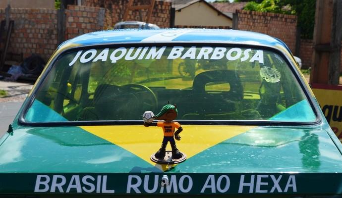 Homenagem dupla: dono ama futebol e admira o ministro do STF (Foto: Herianne Cantanhede/GloboEsporte.com/RR)