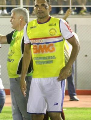 Sandro Goiano, atacante do Plácido de Castro (Foto: João Paulo Maia)