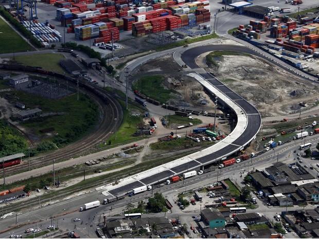 Viaduto que dá acesso ao Porto de Santos é inaugurado, mas ainda não resolve trânsito de caminhões (Foto: Divulgação/Codesp)