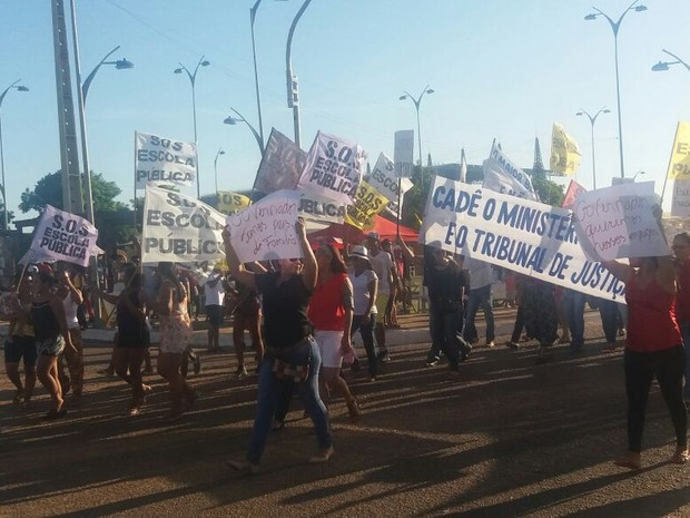 Manifestação, Professores, Sinsepeap, 13 de Setembro, Amapá (Foto: Jéssica Alves/G1)
