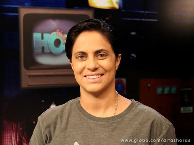 Thammy comenta se a cena do beijo entre Lohana e Russo está confirmada (Foto: TV Globo/Altas Horas)