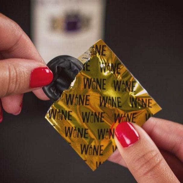 Camisinha de vinho (Foto: Reprodução)