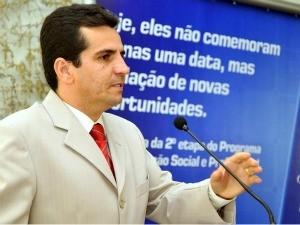 Porta de helicóptero onde estava vice-governador do ES cai em voo (Foto: Divulgação/Secom)
