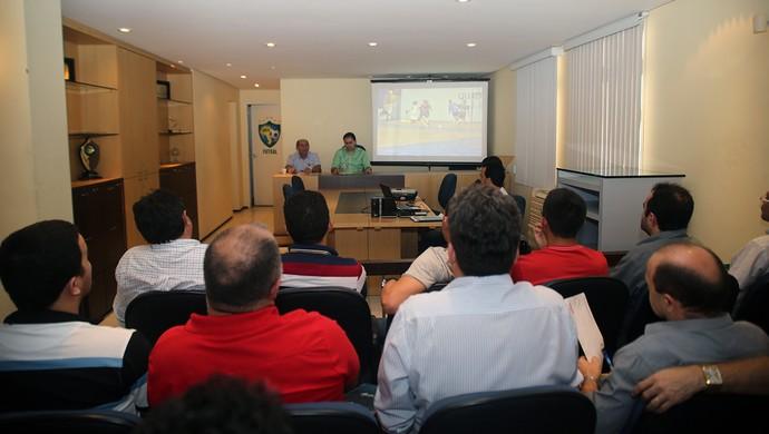 Congresso técnico da II Copa TVM de Futsal ocorreu nesta quinta-feira  (Foto: Zé Rosa Filho / Divulgação / CBFS )