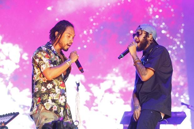 Emicida e Miguel em apresentação no Rock in Rio (Foto: Lucas Soares)