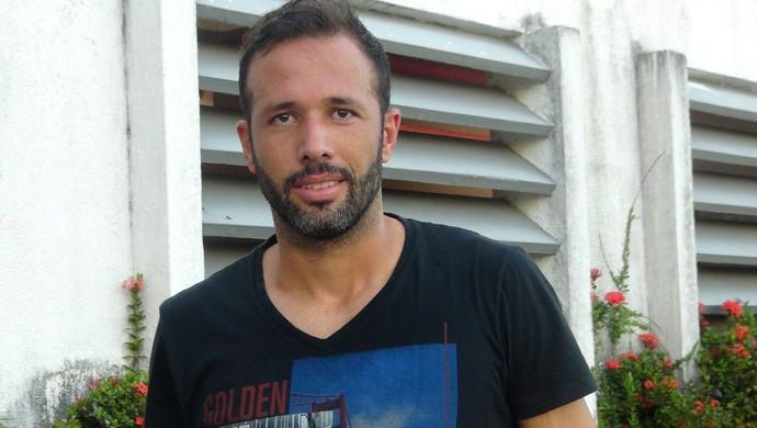 Gabriel CRB (Foto: Viviane Leão/GloboEsporte.com)