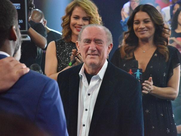 Renato Aragão se emociona com a homenagem do Criança Esperança (Foto: Globo/Alexandre Horta)