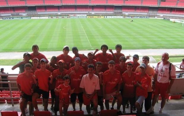 Elenco do Uberaba Sport, em 2007, quando o clube disputou o campeonato da categoria pela última vez (Foto: Divulgação/Assessoria USC)