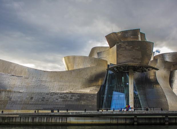 Guggenheim Bilbao, de Frank Geary (Foto: Reprodução)