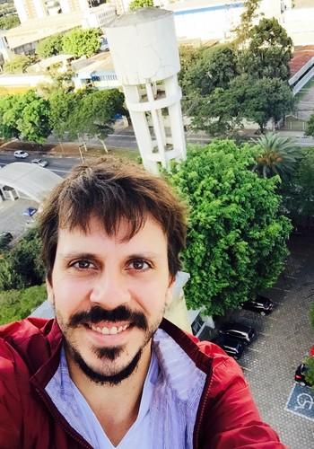 Selfie: desafiando a cartilha de segurança russa (Foto: Bruno Ferrari)