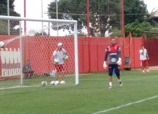 Wagner Bueno, goleiro do Vila Nova (Foto: Comunicação/Vila Nova)