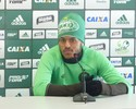 Possibilidade de três atacantes no Coxa mantém esperanças de Leandro