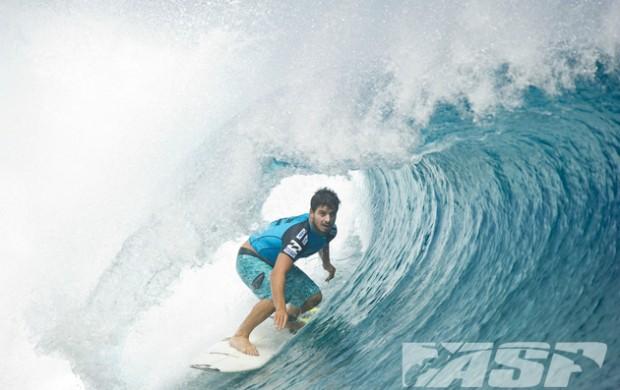 surfe Ricardo dos Santos Mundial de Teahupoo Taiti terceira fase (Foto: Steve Robertson / ASP)