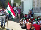 Agricultores protestam em frente à sede do Incra, no bairro dos Aflitos