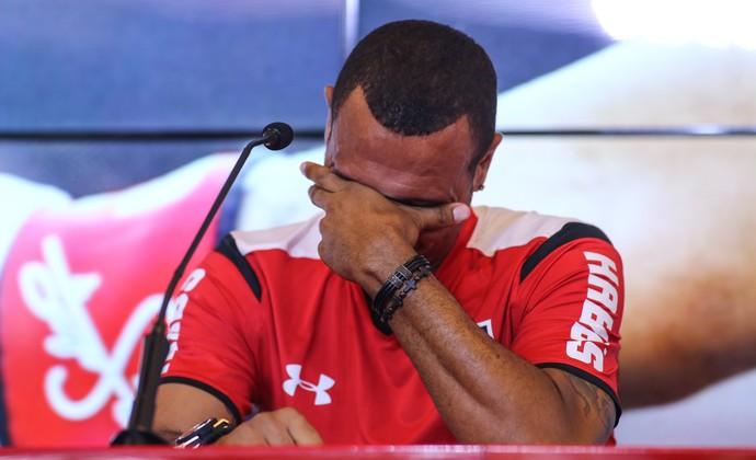 Luis Fabiano se emociona durante entrevista de despedida (Foto: André Lucas Almeida/Futura Press)