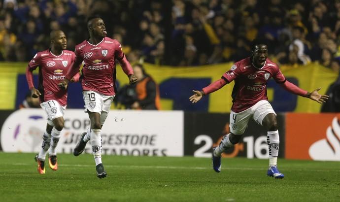 Caicedo Boca Juniors x Del Valle (Foto: AP)