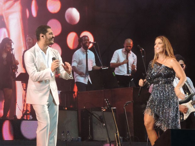 Praia de Boa Viagem, na Zona Sul do Recife, recebeu a dupla, em show que homenageou Tim Maia. (Foto: Katherine Coutinho / G1)