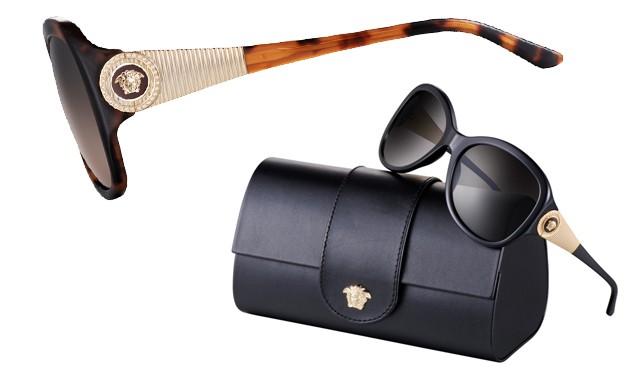 Com case em formato de clutch, os óculos da linha Crystal Medusa chegaram ao Brasil por R$ 800 (Foto: Divulgação)