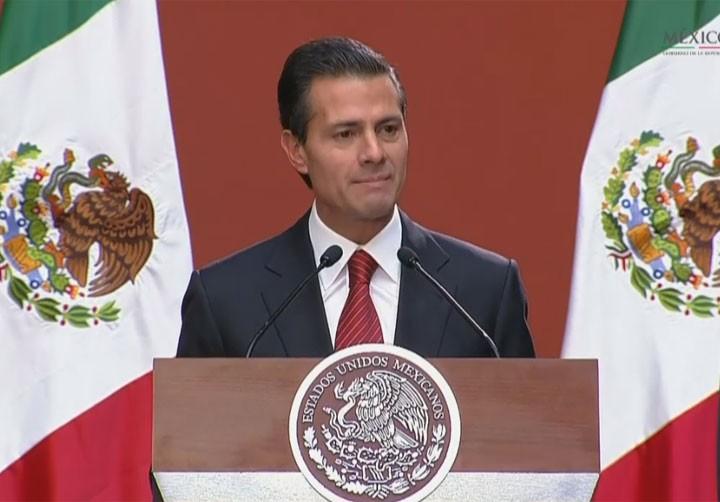 Presidente Peña Nieto discursa para agradecer aos agentes envolvidos na captura de El Chapo (Foto: Reprodução/Presidência do México)