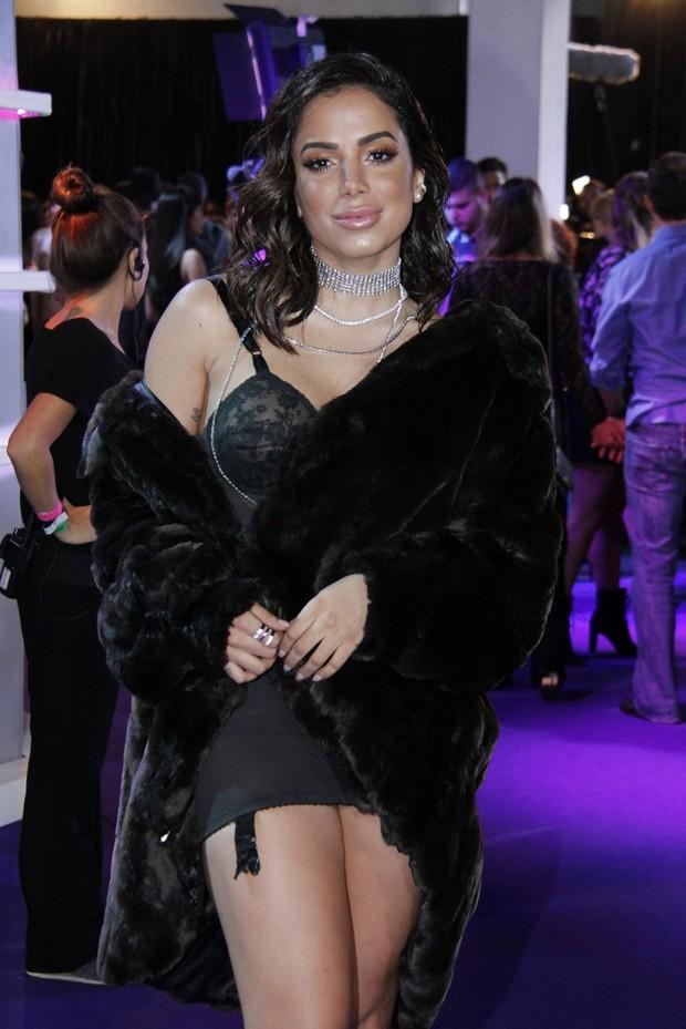 Anitta Chega com uma roupa Sexy (Foto: Delson Silva dos Santos / AgNews / Divulgação)