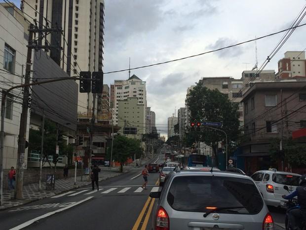 Mudança na Brigadeiro -  Avenida Brigadeiro Luís Antônio, sentido centro.  (Foto: Lívia Machado/G1)