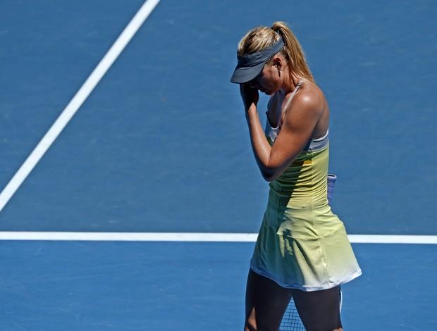 Maria Sharapova um dos seus vários erros durante o duelo contra Na Li (Foto: AFP)