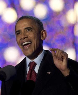 Obama comparecerá à cerimônia de homenagem a Mandela na terça-feira (Foto: Carolyn Kaster/AP)