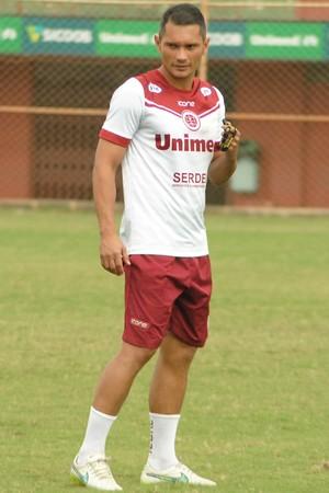 Léo Oliveira, treinador da Desportiva Feroviária (Foto: Henrique Montovanelli/Desportiva Ferroviária)