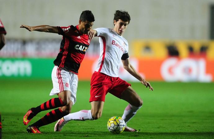Rodrigo Dourado Ederson Inter Flamengo (Foto: Ricardo Duarte / Divulgação, Internacional)